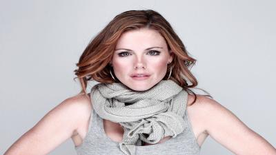 Kathleen Robertson Actress Wallpaper 60656