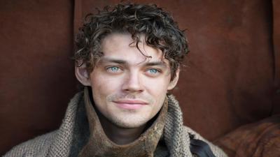 Tom Payne Actor HD Wallpaper 60176