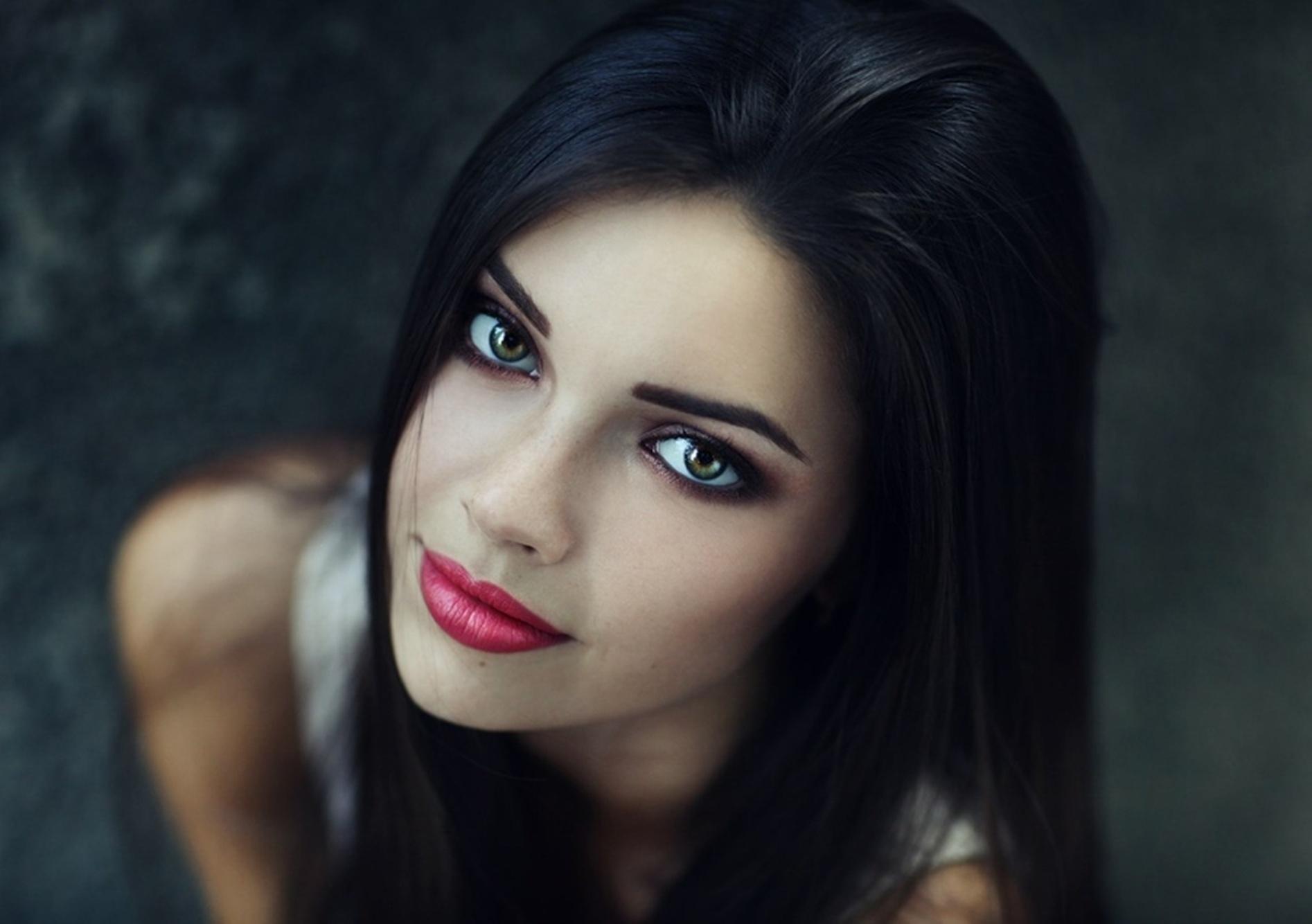 girl model face makeup wallpaper 59931 1894x1334px