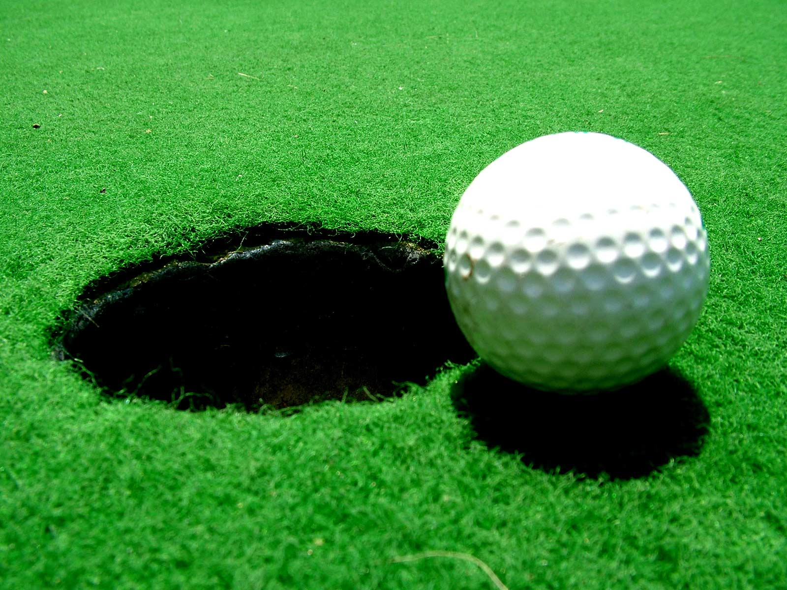 golf ball computer wallpaper 60730