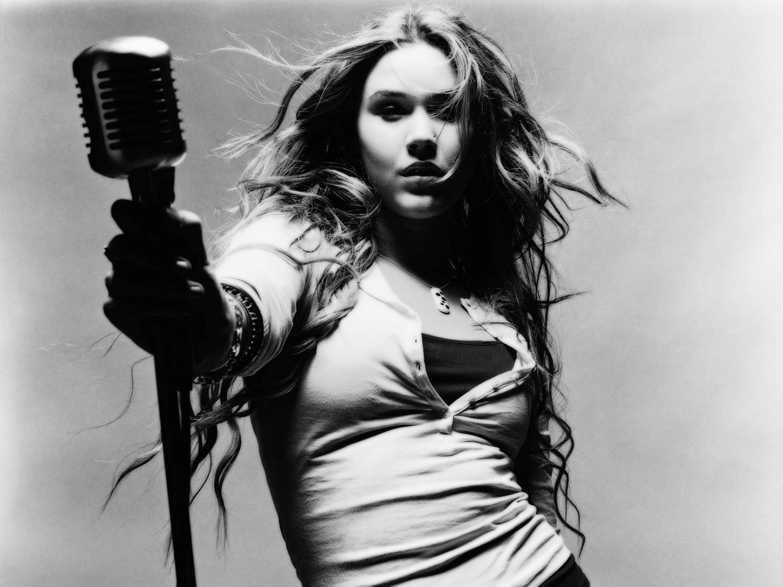monochrome joss stone wallpaper 61076