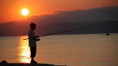 Boy Fishing Sunset Wallpaper 60366