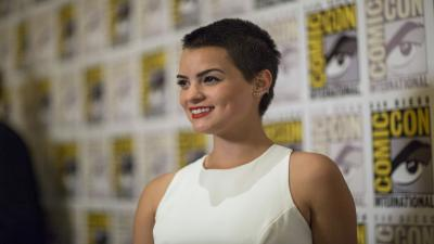 Brianna Hildebrand Celebrity Smile Wallpaper 60527