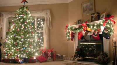 Christmas Tree Desktop Wallpaper 62232