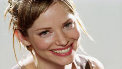 Happy Sienna Guillory Wide Wallpaper 59432