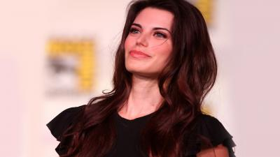 Meghan Ory Celebrity Wallpaper 60935