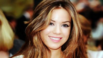 Roxanne McKee Smile Wallpaper 61562