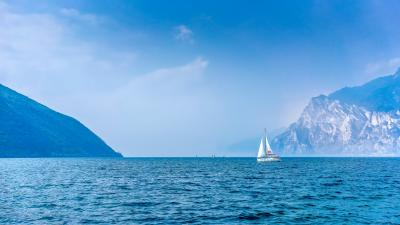 Sailboat Wallpaper Background 59958