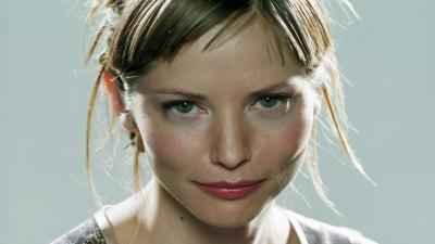 Sienna Guillory Face Wallpaper Background 59431