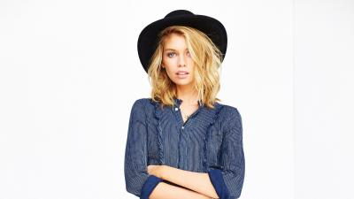 Stella Maxwell Hat Wallpaper 61060