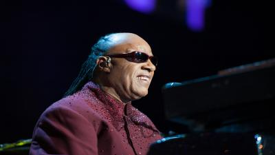 Stevie Wonder Performing Wide Wallpaper 60757