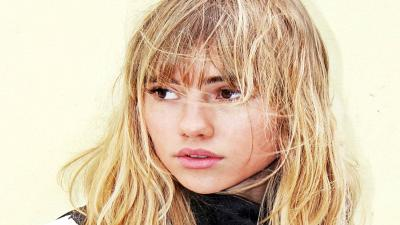 Suki Waterhouse Face Wallpaper 59422