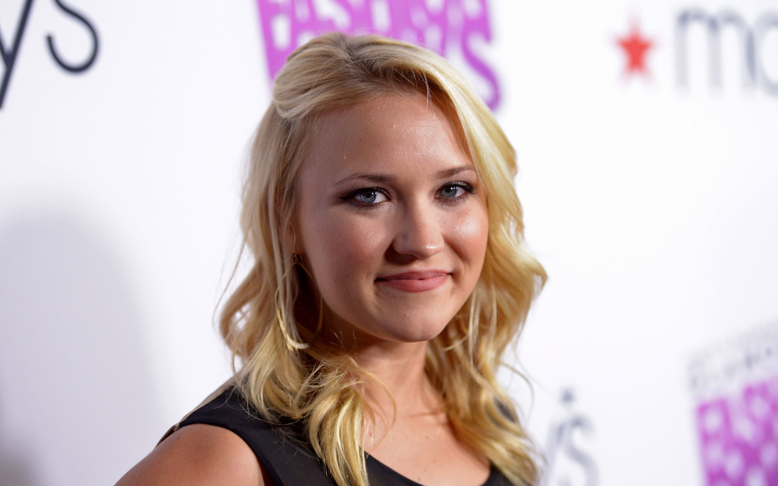 emily osment celebrity wallpaper background 60394