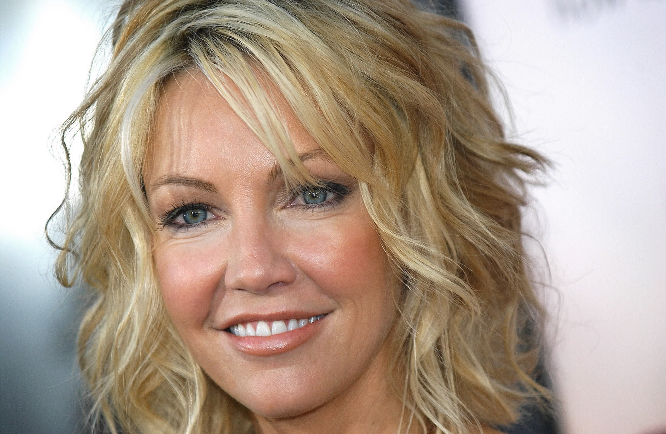 heather locklear smile wallpaper 60033