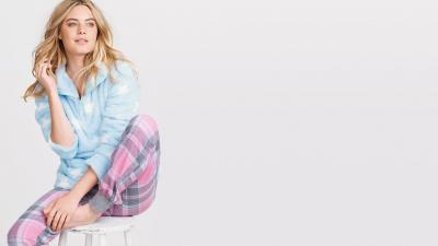 Camille Rowe Pajamas Desktop Wallpaper 60579
