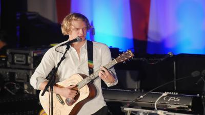 Cody Simpson Performing Wallpaper Pictures 59633