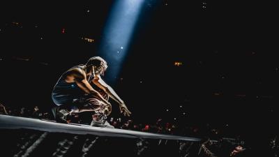 Kanye West Performing HD Wallpaper 59575