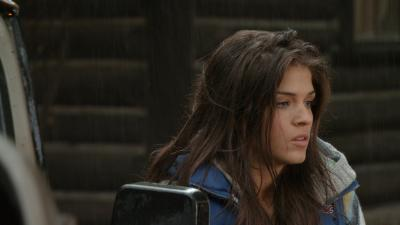Marie Avgeropoulos Actress Wallpaper 60272