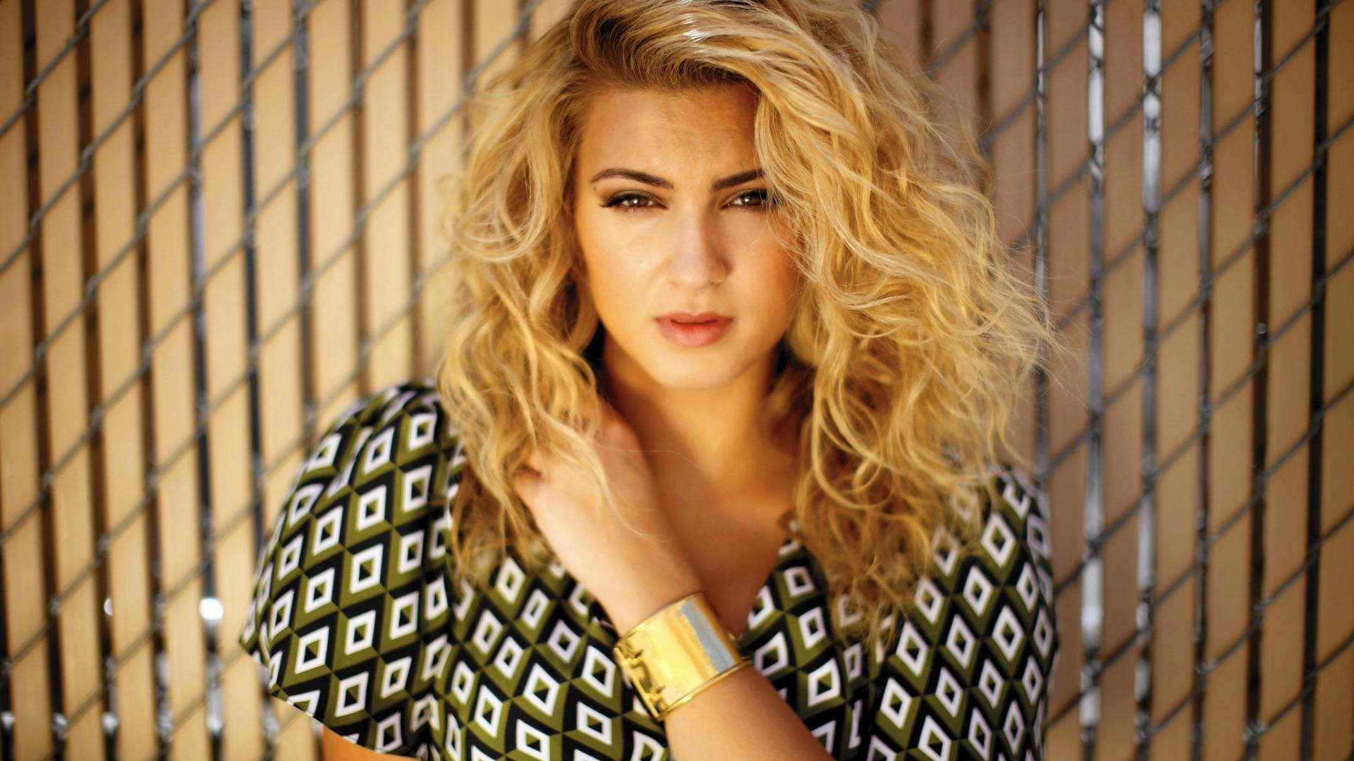 tori kelly desktop hd wallpaper 59648