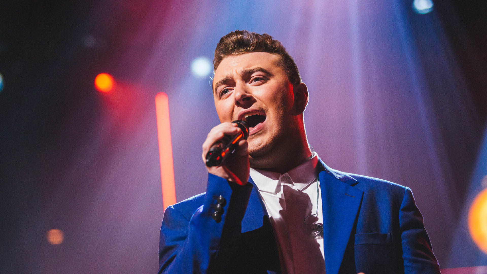 sam smith performing hd wallpaper 62210
