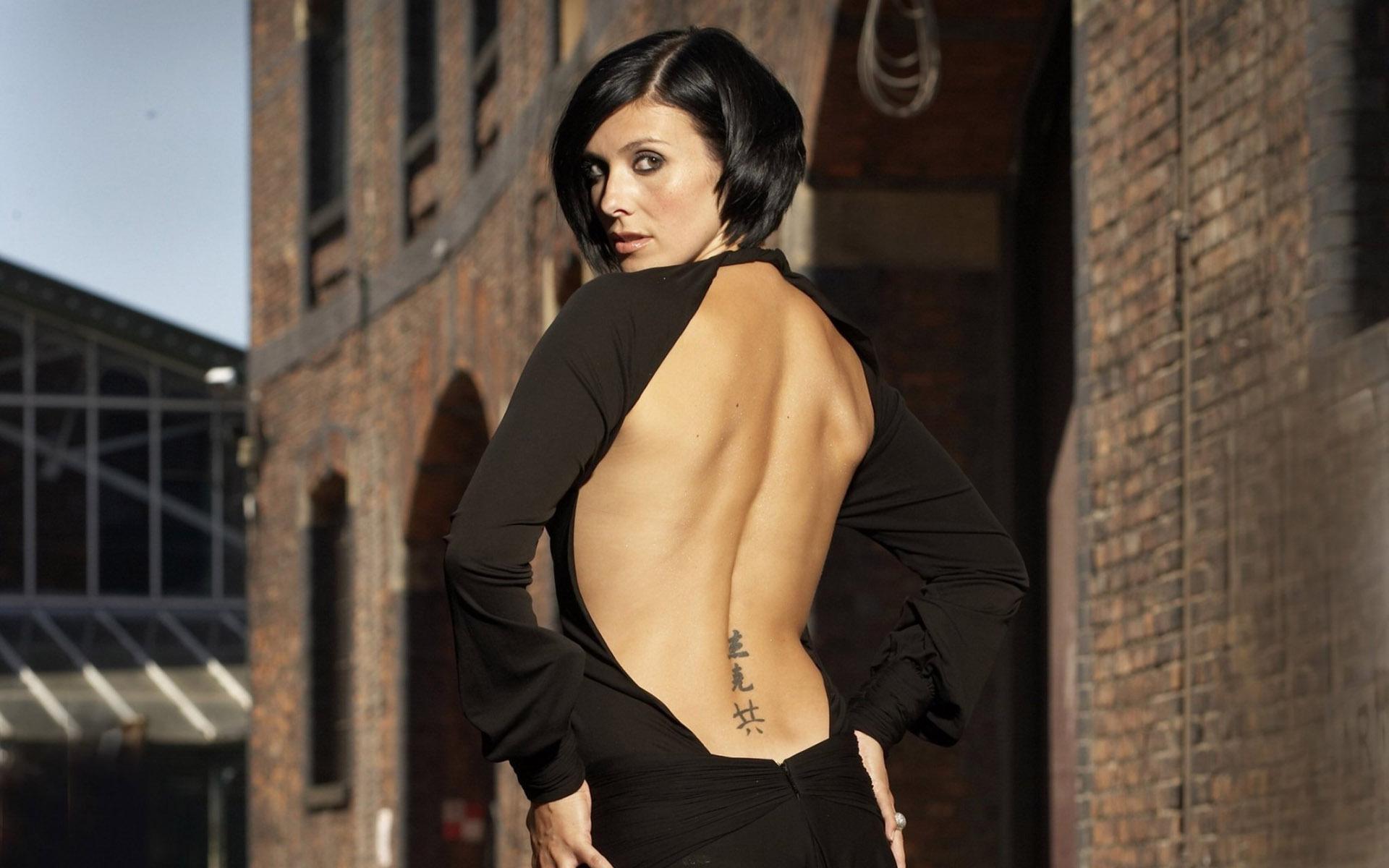 naked latina fat stomach