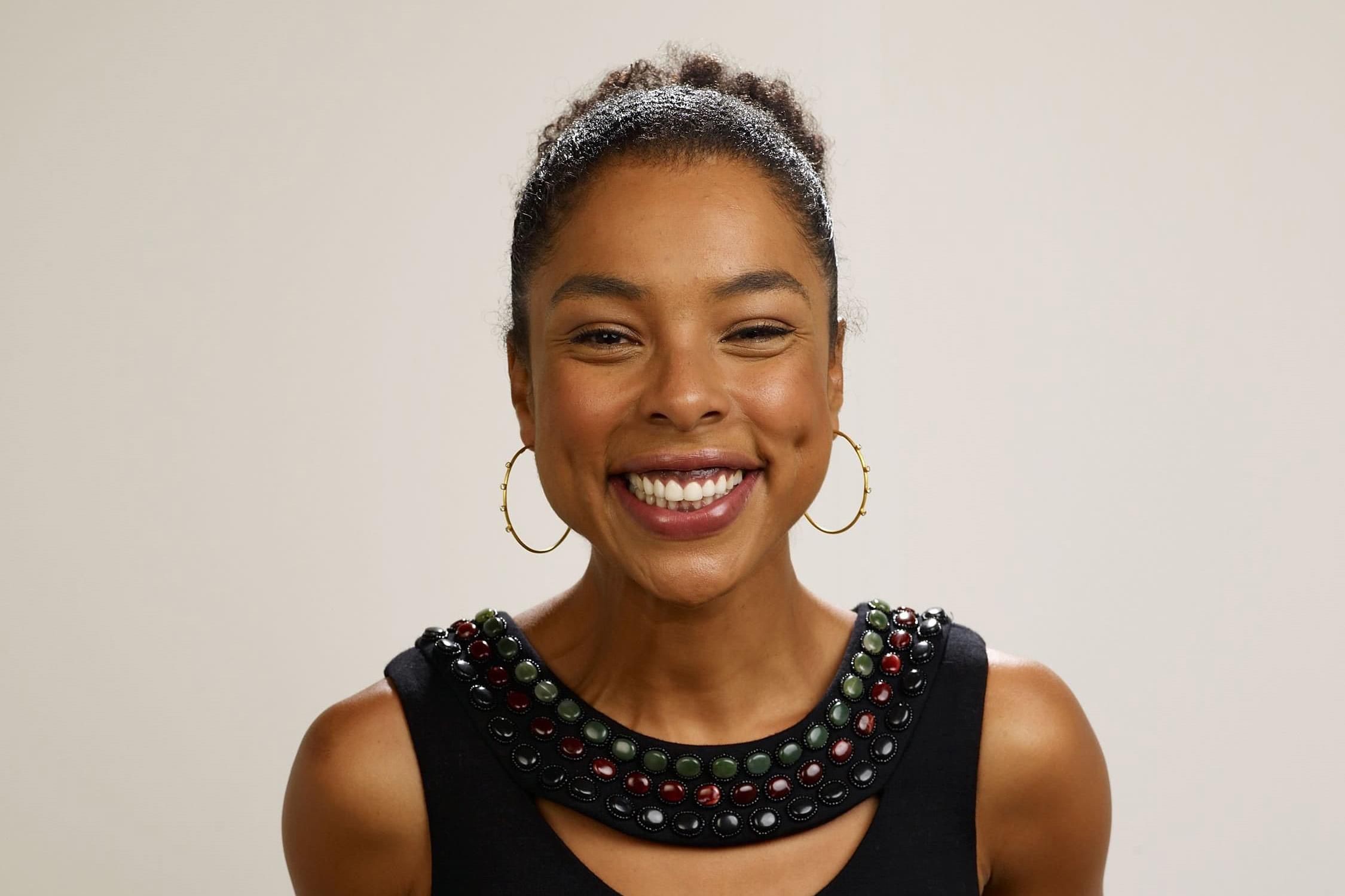 sophie okonedo smile wallpaper 60826