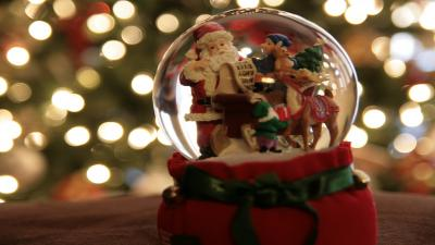 Christmas Snow Globe Widescreen Wallpaper HD 62422