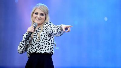 Meghan Trainor Performing Wallpaper 59669