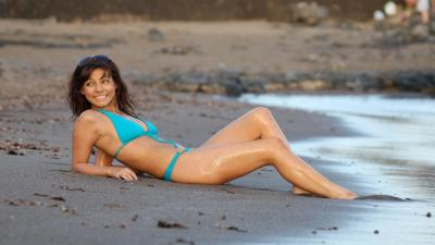 Roxanne Pallett Bathing Suit Wallpaper 60808