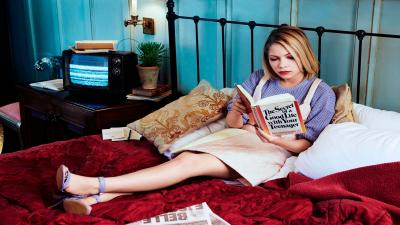 Tavi Gevinson Reading Wallpaper 61401