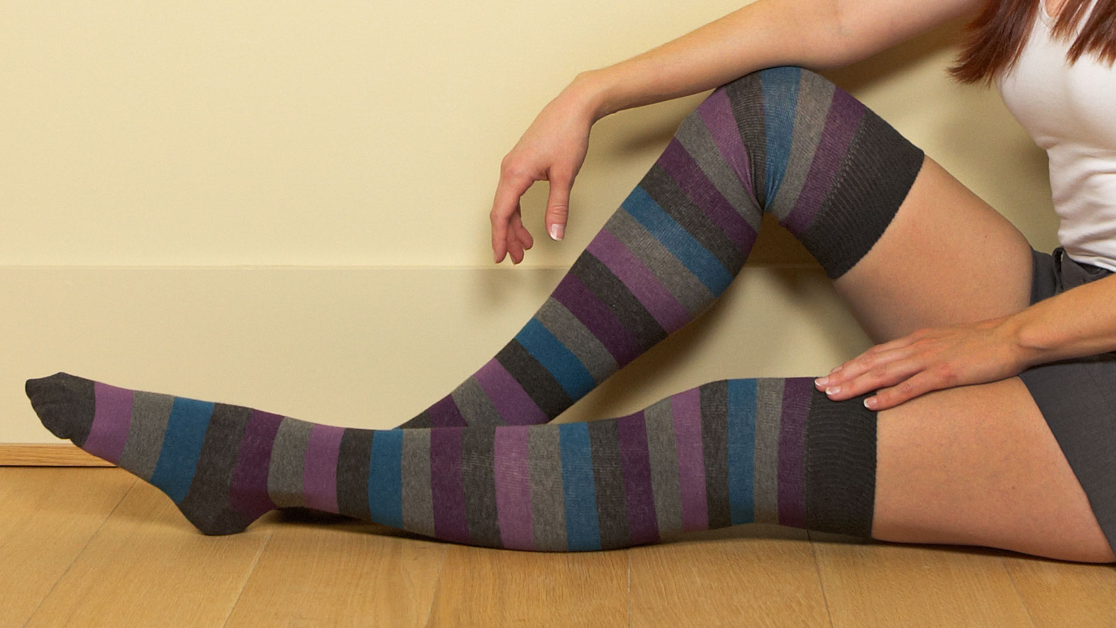 knee socks wallpaper -#main