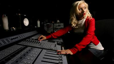 Christina Aguilera Singer Wallpaper Background 59835