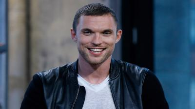 Ed Skrein Smile Widescreen Wallpaper 59320