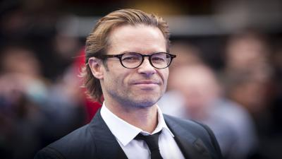 Guy Pearce Glasses Wallpaper Background 59861