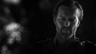 Monochrome Iain Glen Wallpaper 61590