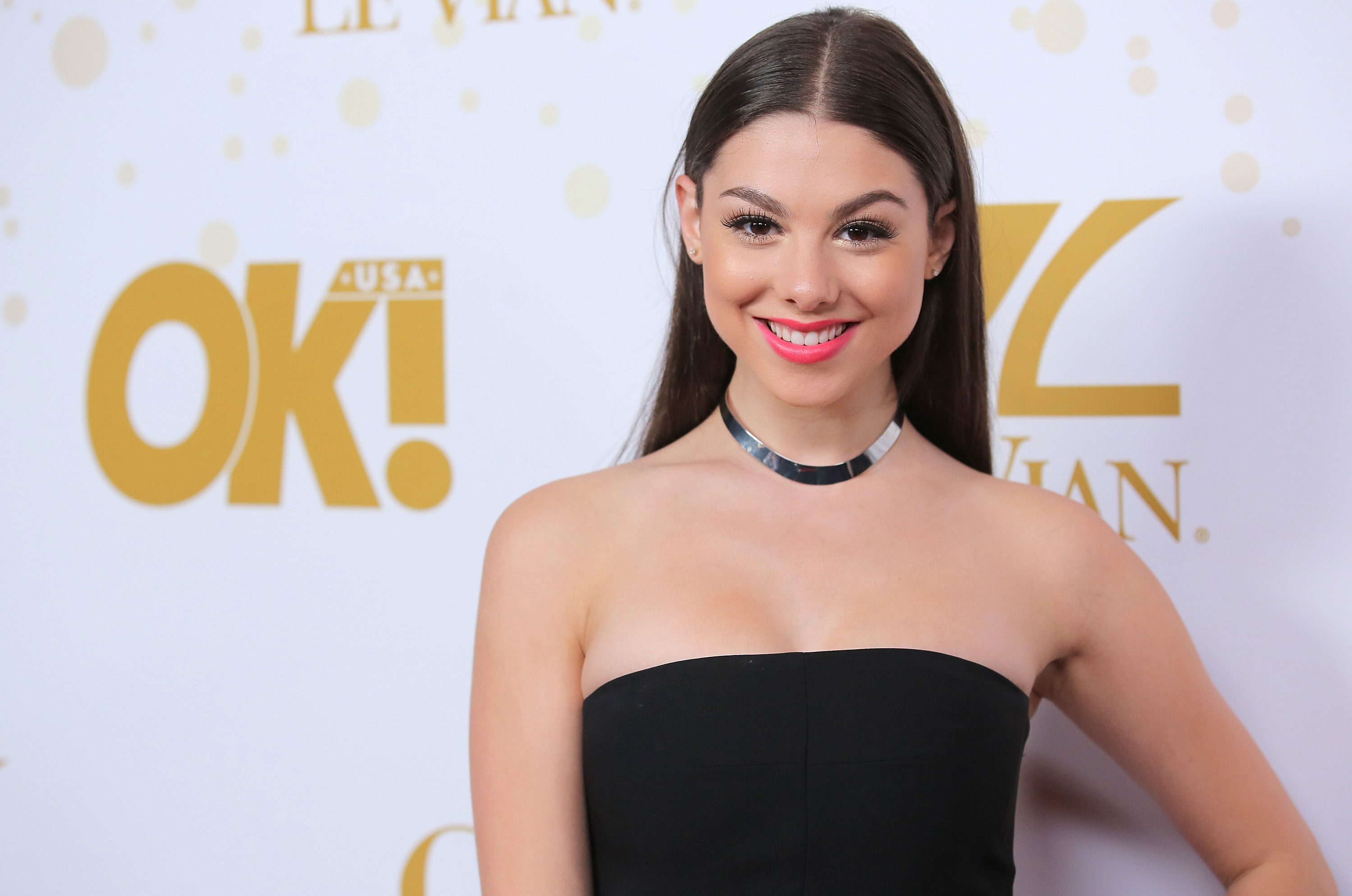 kira kosarin actress wallpaper background hd 62451
