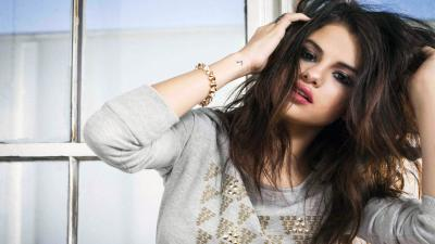 Selena Gomez Widescreen Wallpaper Background 62090