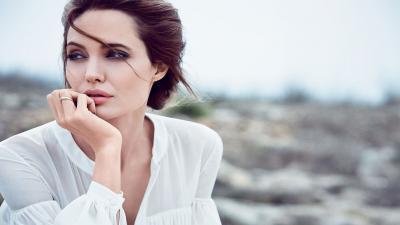 Beautiful Angelina Jolie Actress Wallpaper 64279