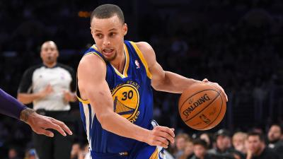 Stephen Curry Dribbling Wallpaper 63657