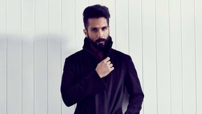 4K Shahid Kapoor Actor Wallpaper 65662