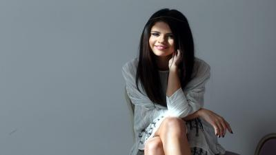 Selena Gomez Widescreen Wallpaper 65305
