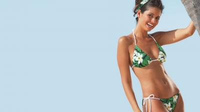 Bikini Woman Desktop Wallpaper 63459