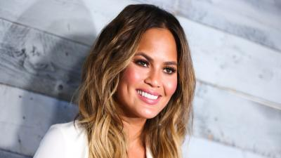 Chrissy Teigen Smile Wallpaper 63451