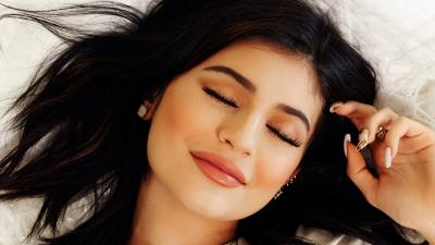 Kylie Jenner Face Wallpaper Background 62546