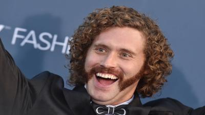 TJ Miller Smile Photos Wallpaper 63964
