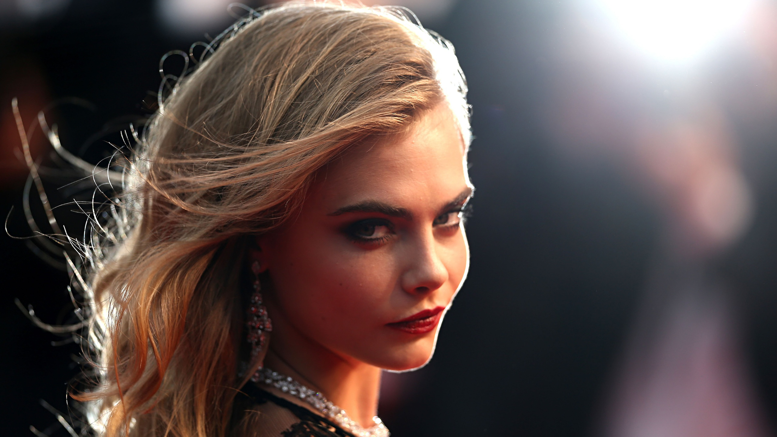 Cara Delevingne Celebrity Pictures Hd Wallpaper 64683 2560x1440px