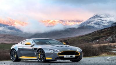 Aston Martin Vantage HD Wallpaper 63487
