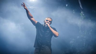 Drake Performing Widescreen Wallpaper 63199