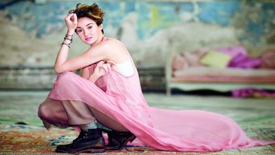 Shailene Woodley Pink Dress HD Wallpaper 63132