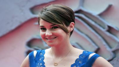 Shailene Woodley Smile Wide Wallpaper 63134